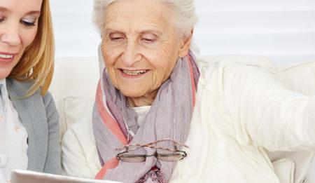 Медсестра - сиделка в отель для престарелых в Германии